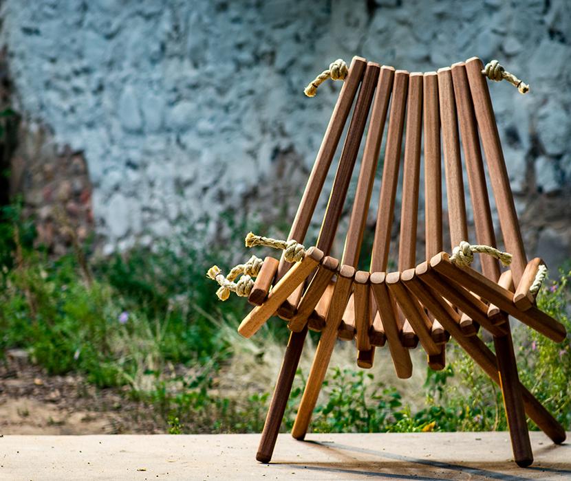 Pioneer-Chair-On-Deck