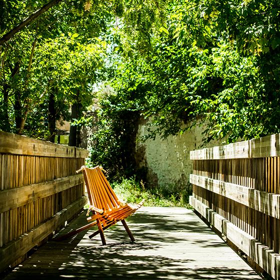 ash-chair-on-bridge